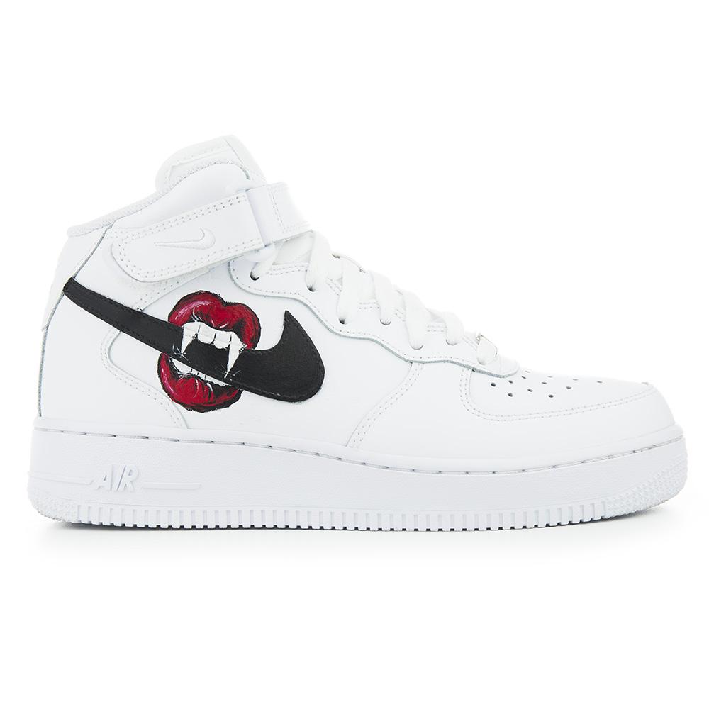 Nike Air Force 1 Noir 43999